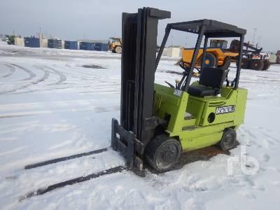 1985 CLARK GCS25MB 3500 Lb Forklift