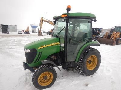 2011 JOHN DEERE 3720 MFWD Utility Tractor