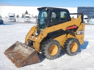 2015 CATERPILLAR 242DLRC 2 Spd Skid Steer Loader
