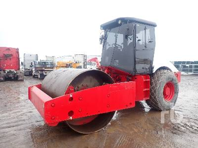 2005 INGERSOLL-RAND SD100DTF Vibratory Roller