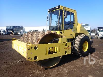 BOMAG BW213PDH-3 Vibratory Padfoot Compactor