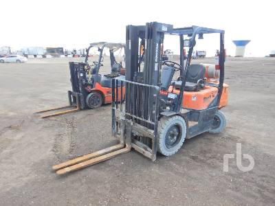 DOOSAN G25E Forklift