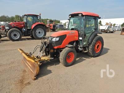2016 KUBOTA M8540N MFWD Tractor