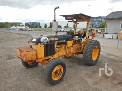 1986 JOHN DEERE 2350 2WD Tractor
