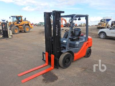 2014 TOYOTA 8FDU25 4250 Lb Forklift