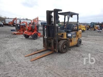 2000 CATERPILLAR GP 30K 6000 Lb Forklift