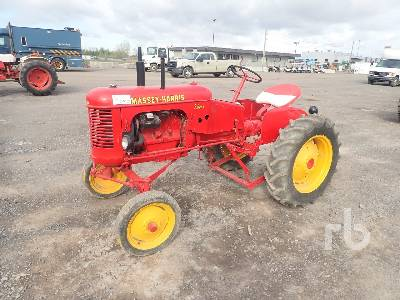 1956 MASSEY HARRIS PACER 16 2WD Antique Tractor