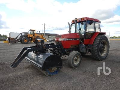 1992 CASE IH 5120 2WD Tractor