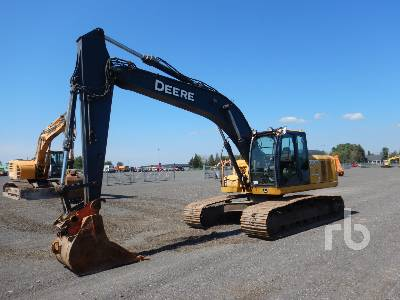 JOHN DEERE 200D LC Hydraulic Excavator