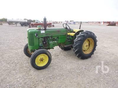 1958 JOHN DEERE 420U 2WD Antique Tractor