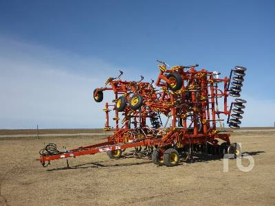BOURGAULT 5710 53 Ft Air Drill