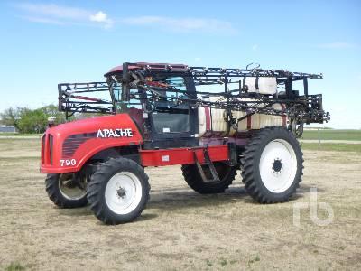 1999 APACHE 790 90 Ft High Clearance Sprayer