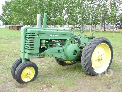 1950 JOHN DEERE A 2WD Antique Tractor