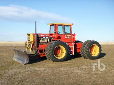 VERSATILE 700 SERIES II MFWD Tractor