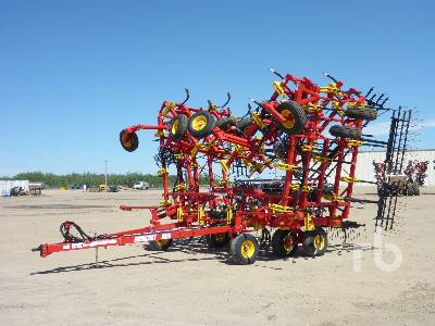 2020 BOURGAULT 8910 60 Ft Cultivator