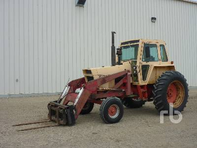 1971 CASE 970 2WD Tractor