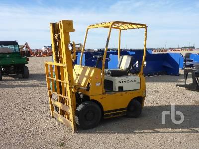 NISSAN NFG101 2200 Lb Forklift