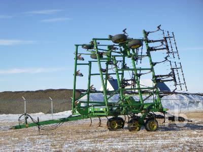 1995 JOHN DEERE 680 43 Ft Deep Tilliage Cultivator