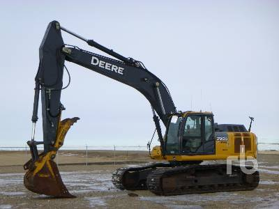 2015 JOHN DEERE 290G LC Hydraulic Excavator