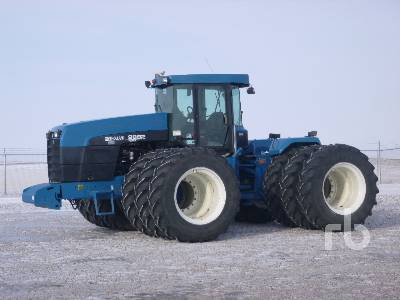 1996 NEW HOLLAND 9882 4WD Tractor