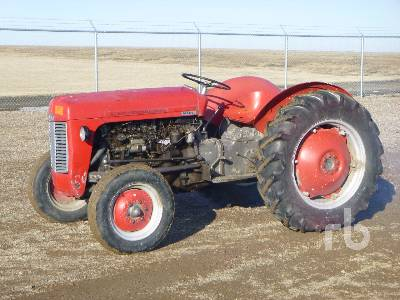 MASSEY FERGUSON 35 2WD Antique Tractor