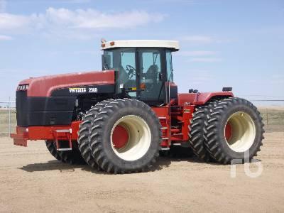 2002 VERSATILE 2360 4WD Tractor