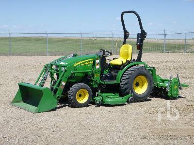 2011 JOHN DEERE 2520 MFWD Utility Tractor