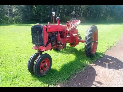 1951 FARMALL SUPER C (Inoperable) Antique Tractor