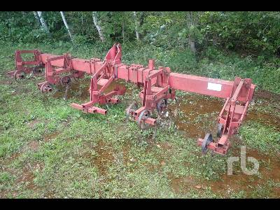 WIL-RICH 4 Row Mount S-Tine Cultivator