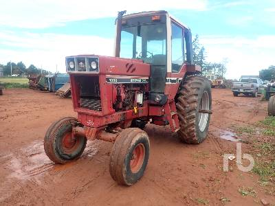 1979 CASE IH 1086 2WD Tractor