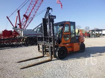 2011 DOOSAN D70S-5 13500 Lb Forklift