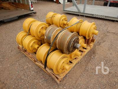 Qty Of (12) Rollers Crawler Tractor Attachment - Other