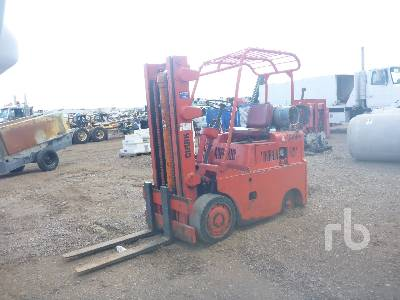 CLARK 6000 Lb Forklift