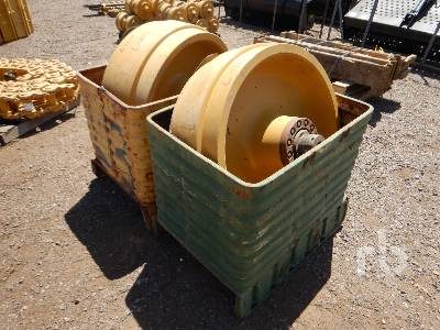 Qty Of (2) Idlers Crawler Tractor Attachment - Other