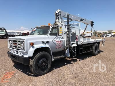 1990 GMC C7000 4x2 w/JLG 828BT 8 Ton Boom Truck