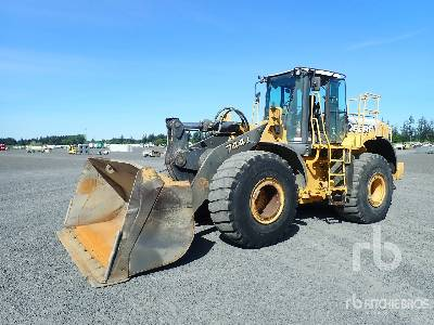 2007 JOHN DEERE 744J Wheel Loader