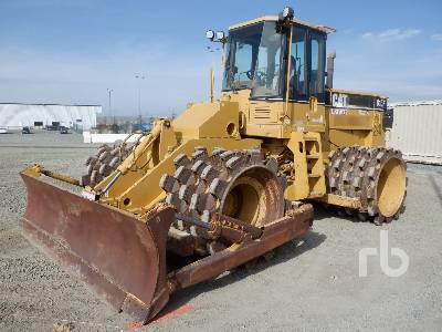 2005 CATERPILLAR 815F Trash Compactor
