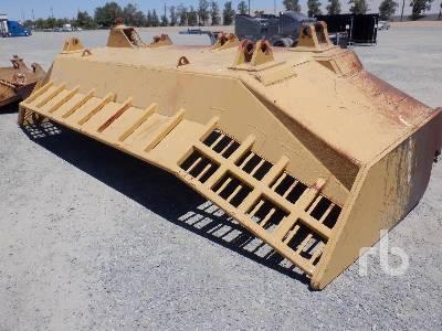 CATERPILLAR 240 In. Crawler Tractor Dozer