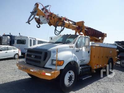 2011 FORD F750 XL w/Terex Commander C4047 Digger Derrick Truck