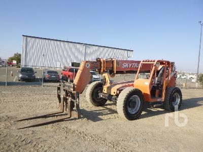 2007 SKYTRAK 8042 8000 Lb 4x4x4 Telescopic Forklift