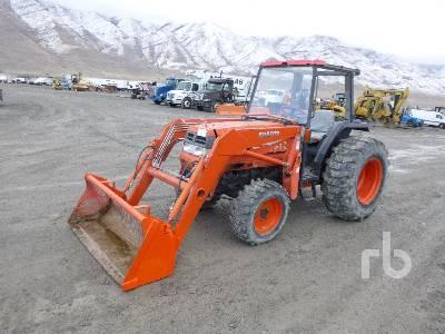 KUBOTA L4200 4WD Utility Tractor