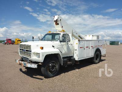 1986 FORD F700 S/A w/Telelect IT40 Bucket Truck