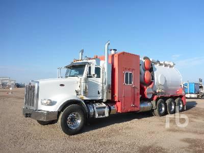 2014 PETERBILT 367 Tri Drive Hydro Vac Truck