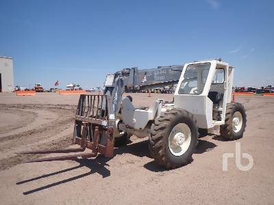 1998 TEREX SS842 8000 Lb 4x4x4 Telescopic Forklift