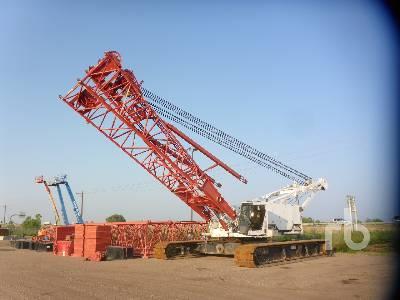 2001 MANITOWOC 2250 300 Ton Self-Erecting Crawler Crane