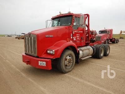 2013 KENWORTH T800B T/A Winch Tractor