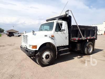 1998 INTERNATIONAL 4900 Dump Truck (S/A)
