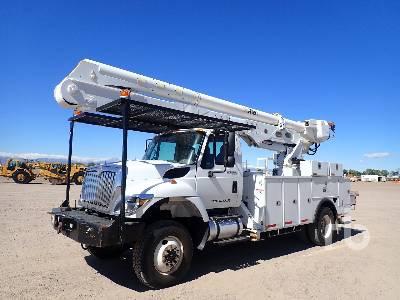 2014 INTERNATIONAL 7300 Workstar 6x4 w/Altec Bucket Truck