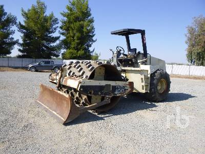 1997 INGERSOLL-RAND SD100F Propac Vibratory Padfoot Compactor