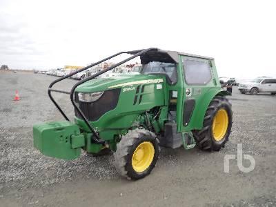 2016 JOHN DEERE 5100GN MFWD Tractor